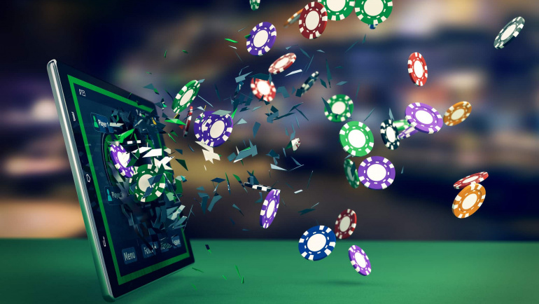Have Fun Through the Internet with an online casino